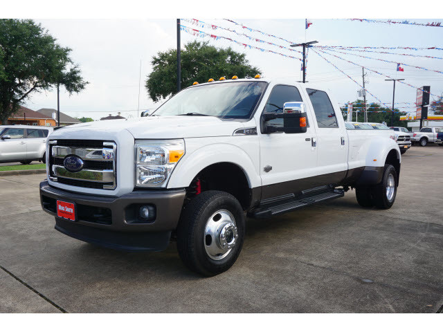 Pre-Owned 2015 Ford Super Duty F-350 DRW King Ranch