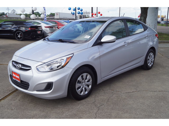 Pre Owned 2017 Hyundai Accent Value