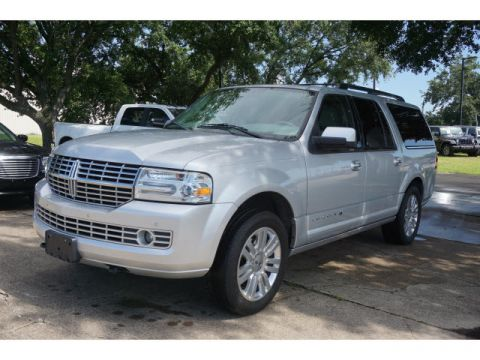 Pre-Owned 2014 Lincoln Navigator L leather